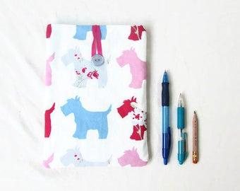 Samsung Galaxy 8 inch tablet sleeve, dog print fabric, IPad mini 4 case, padded fabric tablet sleeve, ipad mini cozy, handmade in the UK
