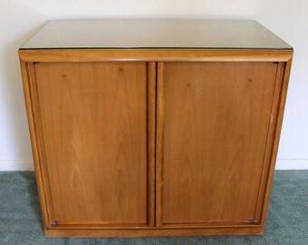 Mid Century Modern Robsjohn Gibbings for Widdicomb Small Cabinet 1960s 2 Drawer