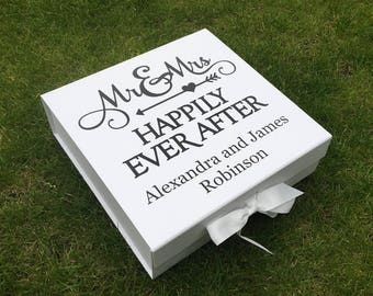 Mr and Mrs   Happily Every After   Extra Large   Wedding Keepsake   Memory Box   Wedding Planning   Cards and Gifts Box   Personalised