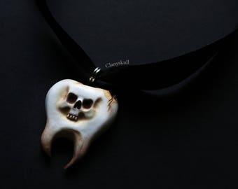 Skull wheel necklace. PRE-SALE