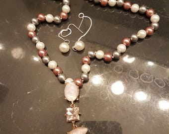 Beautiful Tri color pearl necklace set with detachable pendant and dangle pearl earrings