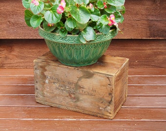 Old Wood Box, Vintage Wood Crate, Southern Wooden Ware Shipping Crate, Old Trade Box, Nashville Tennessee Delivery Box