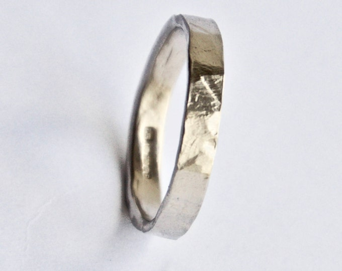 White Gold Flat Hammered Ring in 18 Carat