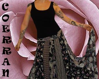 JUpon en maille stretch , jupe boho , bohème , ethnique , jupon patchwork  '  Black nude...'