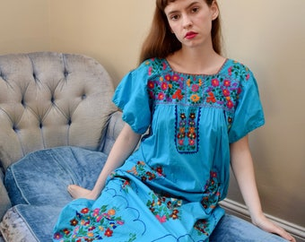 70s Embroidered Cotton Maxi Dress // Oaxacan Mexican Boho Hippie Festival Summer Frock // S M