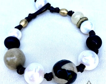 Black, White and Beige Freshwater Pearl Bracelet