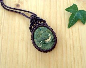 Rainforest jasper macrame pendant, macrame jewelry, tribal pendant, macrame stone, gemstone pendant, bohemian jewelry, hippie pendant