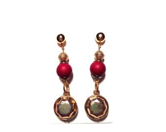 Gold and Maroon Hindi Dangle Earrings