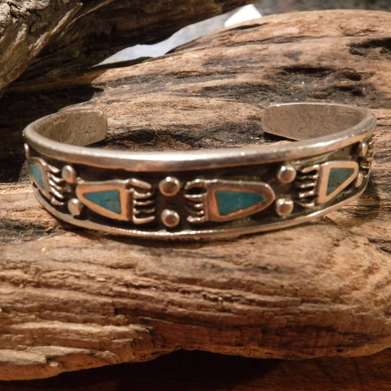 Heavy Vintage Navajo Bear Claw Sterling Silver Cuff Bracelet Native American Turquoise Inlay 34.4 Grams Sterling Bear Paw Cuff Bracelet