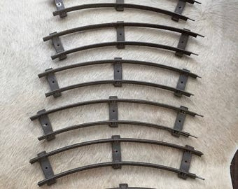 Vintage LIONEL 2 RAIL TRAIN Tracks, Curved Train Tracks, 8 Train Tracks