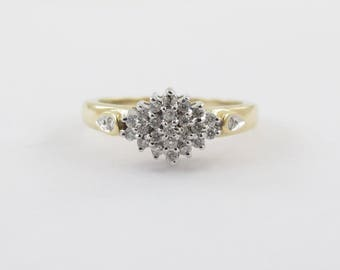 14k Yellow Gold Ladies Cluster Design Diamond Ring Size 7 1/4 0.25 carat
