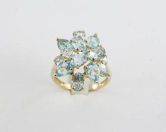 14K Yellow Gold Blue Topaz Ring - 14k Yellow Gold Women's Cocktail Ring Size 8 1/4 6.00 carats