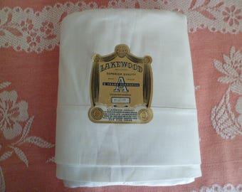 Vintage Old Stock 1940's/50's Lakewood Superior Quality Cotton Full Flat Sheet White