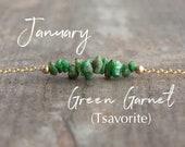 Janvier Pierre de naissance collier, collier vert grenat Bar, Tsavorite collier, collier en cristal, Inspirational Gift, cadeau pour un ami de guérison