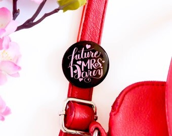 Future Mrs Darcy Button   A Bookish Pin for Lovers of Jane Austen, Pride and Prejudice and Mr Darcy
