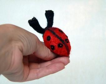 Ladybird needle felt brooch, Christmas ladybug pin kids wool felt brooch, ladybird pins brooch, Ladybird felt art brooch, insects brooch