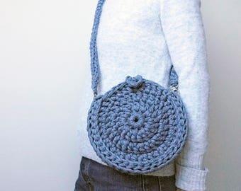 Circle bag, circular clutch bag, recycled cotton eco bag, crocheted disc bag, knitted bag, shoulder bag, cross body bag, textile handbag