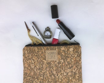DIY Cork-Handtaschenorganizer with gold effects