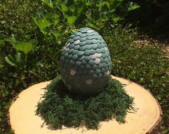 Desert Green - Medium Dragon Egg