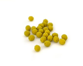25 beads 6mm faceted chartreuse Green