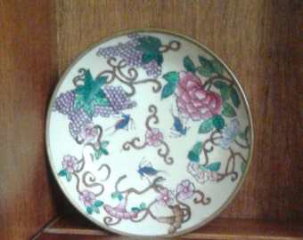 Decorative bowl with grapes, flowers, grasshoppers, from China