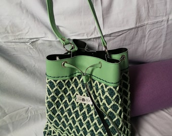 Bucket bag Ever Green