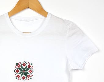 "Embroidered Ethnic T-shirt Traditional Pattern ""Dalia"""