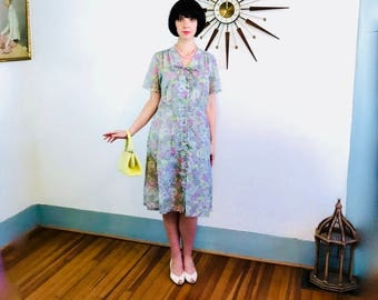 Vintage 1940s dress, 40s cotton dress, Sheer 40 day dress, Pastel pink gray, floral print dress, retro housewife dress, Plus Size 14 16 18