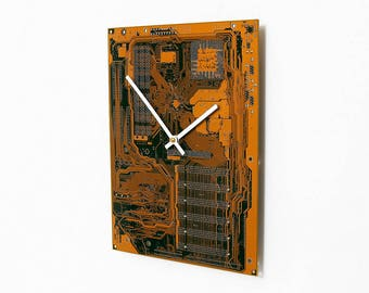 Recycled Computer Clock - Circuit Board Clock - Modern Clock - Geek Gift - Geekery, Tech Gift, Motherboard Clock, Gift for Him, Unique Clock