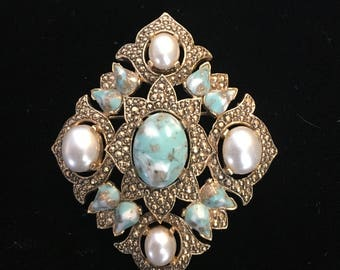 Large Vintage Sarah Coventry Brooch/Necklace-Stunning