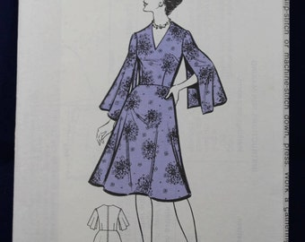 Vintage Sewing Pattern for a Woman's Dress Size 16 - The Sunday People 593