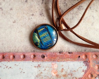 Pendant and Chain van Gogh. Starry Night above the Rhone.