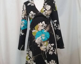 Long Floral Dress Tori Richard HonoluluSize 6    m114