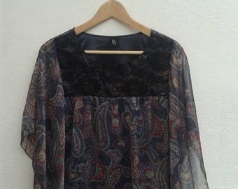 ON SALE 4 Vintage 90s PQ Paisley Women's Unique Avant Garde Blouses Shirt Size M