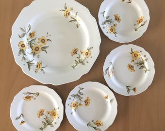 Darling vintage ceramic dessert plate & four (4) matching side dishes yellow / green daisy pattern for Boho or tropical Old Florida home!