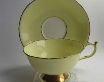 Paragon 56235/5 Light Yellow Wide Mouth Bone China Tea Cup and Saucer