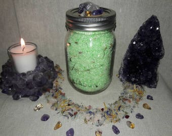 Green Tea & Eucalyptus Detox Bath Salts.