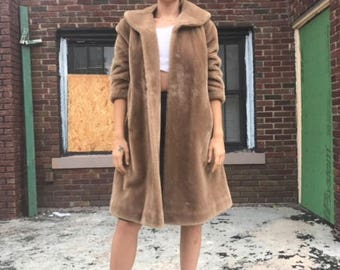 Mint Condition! 1960s faux fur coat