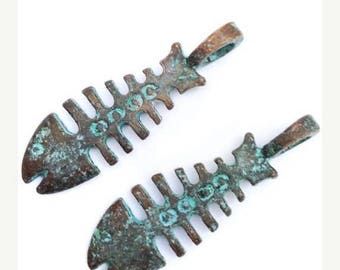 SALE 15% OFF Trailer, fish bone, fish, green patina, 37mm, 2 PCs