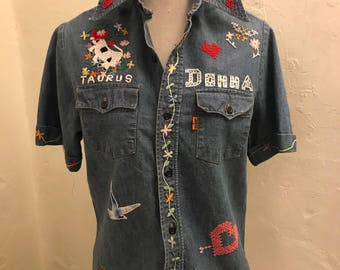Vintage '70s Levi's Women's Embroidered Chambray Shirt