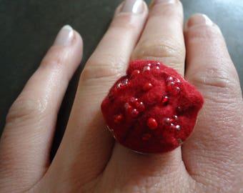 Red felt ring