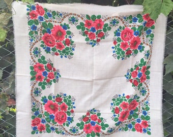 russian shawl, babushka scarf. russian shawl. Vintage  Shawl.floral scarf. Russian Floral Shawl,Made in USSR.head scarf,