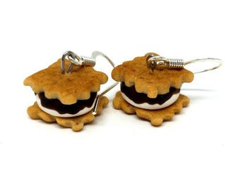 Smores Earrings - Yomi Yomis - Miniature food earrings - Cookies earrings - Handmade Cake Earrings