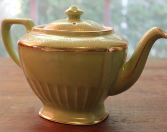 Vintage HALL Teapot Lime Green Gold Decoration 6 Cup Made in USA #00102