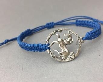 Unicorn macrame bracelet in silver or bronze / / custom / / gift for friends / / statement bracelet / / Unicorn love