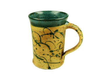 Cup straight green with speckles