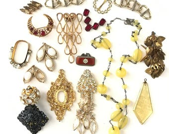 Vintage Finding Lot for Repair Repurpose Assemblage, Jewelry Lot, Vintage Jewelry Lot, Repurpose Lot, Upcycle Lot