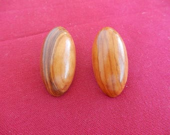 wood clip on earrings oval