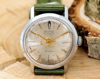 Wostok Vostok Volna Wave Gold Precision  USSR Soviet Russian Men's Watch new Nylon strap