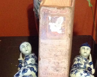 Antique/pair supports - Books / Chinese ceramic / blue and white/book ends ceramics/Couple smoking of Opium/China